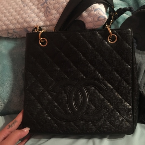 c23e614d738a CHANEL Handbags - Chanel cavier petit shopping tote